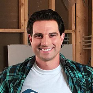 HGTV's Scott McGillivray Net Worth & Personal Life Insight