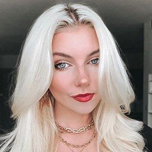 TikTok Star Brooke Barry Wiki, Net Worth, Family, How Old Is She?