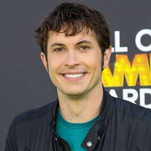 Toby Turner Bio, Age, Married, Girlfriend, Net Worth & More