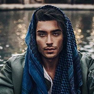 Toni Mahfud Wiki, Age, Girlfriend, Siblings, Hairstyle