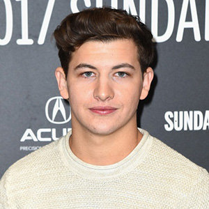 Tye Sheridan Gay, Girlfriend, Net Worth