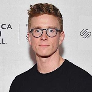 Openly Gay Tyler Oakley Is Dating Now, His Relationship Details