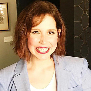 Vanessa Bayer Net Worth, Boyfriend, Parents