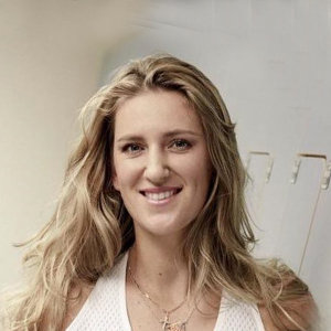 Victoria Azarenka Net Worth, Husband, Family, Now