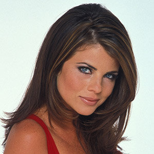 Yasmine Bleeth Wiki, Husband, Net Worth, Now