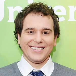 Jon Lovett Wiki: Gay, Dating, Net Worth