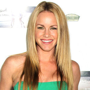 Julie Berman Wiki: Husband, Family, Net Worth