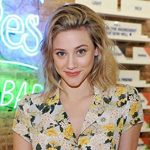 Lili Reinhart Dating Status; Boyfriend, Net Worth, Family