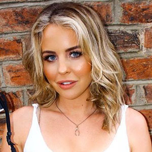 Lydia Bright Dating Status Now, Boyfriend, Sister