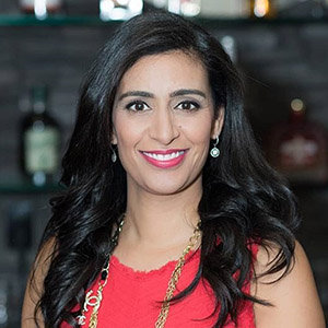 Manjit Minhas Wiki: Net Worth, Husband, Married