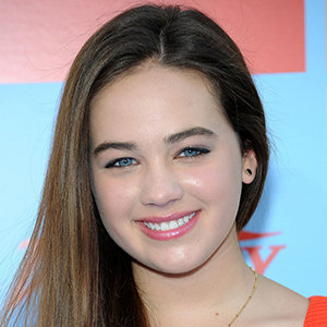 Mary Mouser Wiki: Age, Parents, Siblings, Height, Boyfriend, Dating, Cobra Kai
