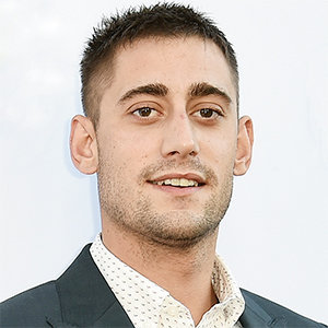 Michael Socha Wiki: Girlfriend, Family, Son