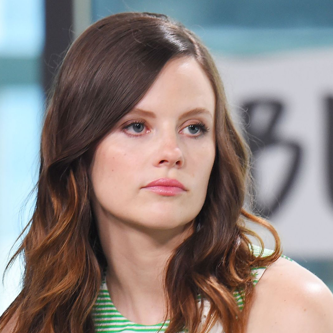 Sarah Ramos Bio: Boyfriend, Dating, Single, Affairs, Family, Net Worth
