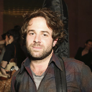Taylor Goldsmith Wiki: Age, Net Worth, Height, Mandy Moore